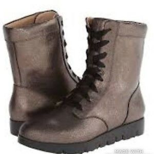Tsubo Emilee metallic combat boot sz 6 like new